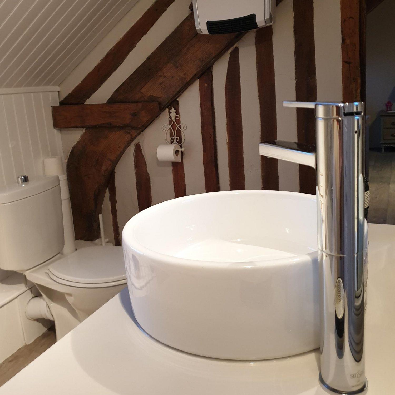 Chambre 2 salle de bain